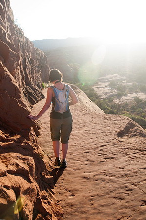 Heading back down the narrow walkway from Delicate Arch